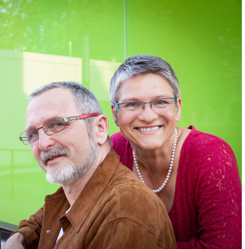 Karin und Roland Scherer - Gründer von Aromes de Provence Onlineshop